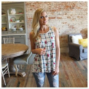 🌞SUMMER SALE🌞Ivory-mint floral and plaid  tunic